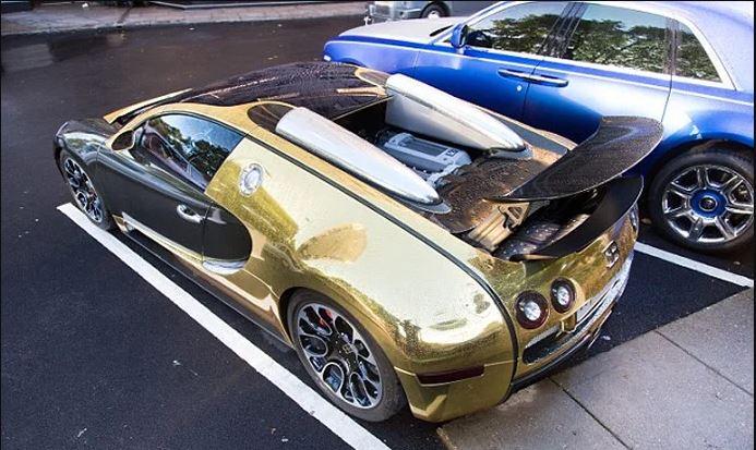 خودروی از طلا که چشم ها را خیره می کند