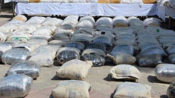 باشگاه خبرنگاران - کشف ۱۳۷ کیلو مواد مخدر در عملیات مشترک پلیسی