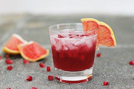 ۴ نوشیدنی خنک مخصوص گرمای تابستان + طرز تهیه