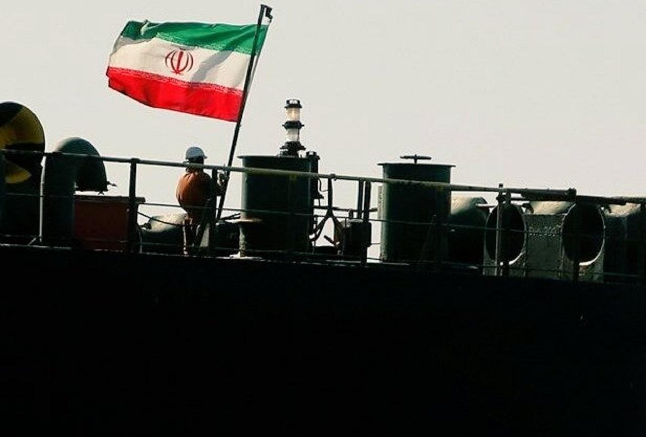 نفتکش های ایرانی بار دیگر در آب های ممنوعه؛ آمریکا این بار هم می بازد؟