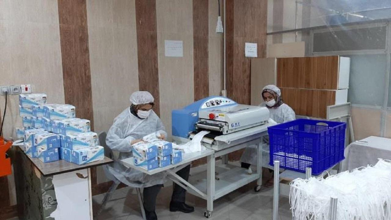 کارگاه تولید ماسک سه لایه در جم
