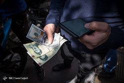 نرخ سکه و دلار سقوط کرد