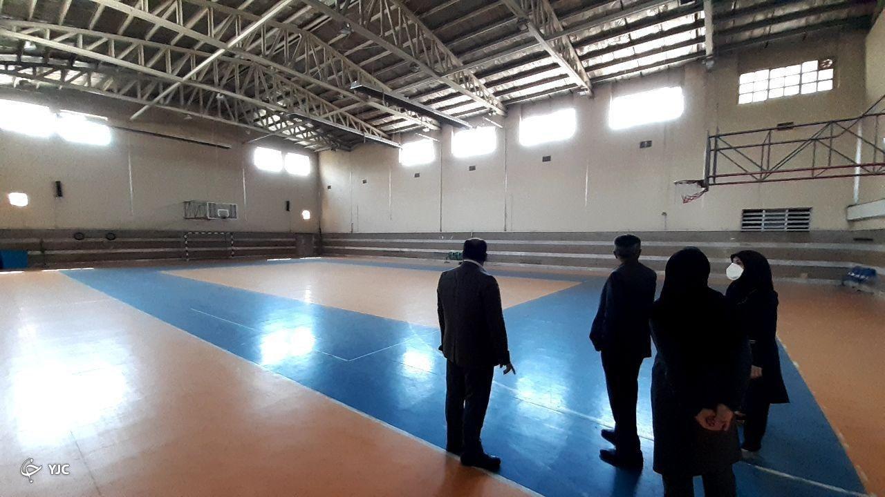 اماکن و فضاهای ورزشی باید به صورت متوازن در شهر توسعه یابد