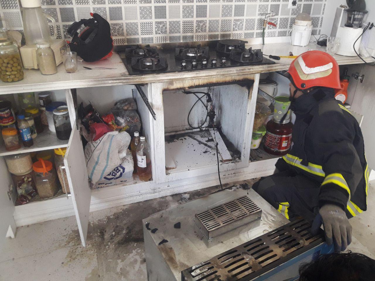 اتصال برق منزل مسکونی را به آتش کشید