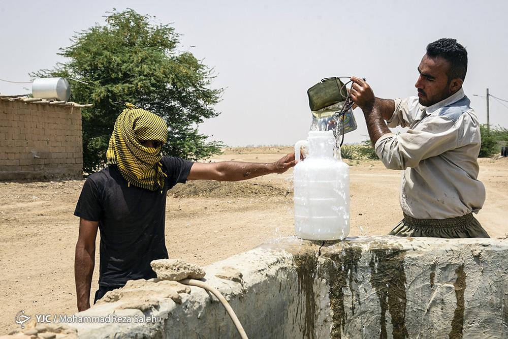 برداشت آب در غیزانیه از مخارن
