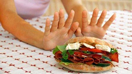 چه غذاهایی حساسیت زا هستند؟