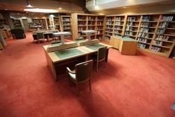 کتابخانه ملی ایران برای جلوگیری از شیوع ویروس کرونا ۱۰ روز تعطیل شد