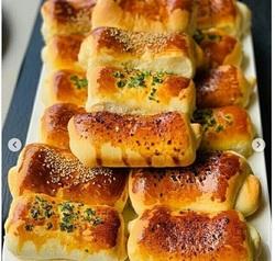 طرز تهیه پواچا پنیر و سبزی