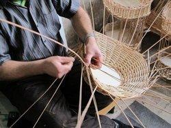 هنرآموزی صنایع دستی همدان به زندانیان فاقد مهارت