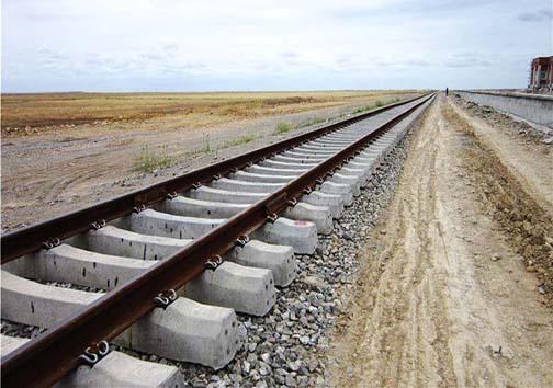 ایلامی ها چشم انتظار شنیدن سوت قطار