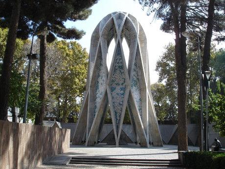 مرد بناهای ماندگار ایران کیست؟ / نامی که به یک گالری اعتبار بخشیده است