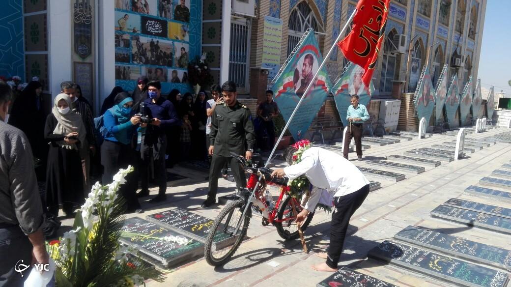 عشق سردار سلیمانی، دوچرخه سوار البرزی را راهی کرمان کرد