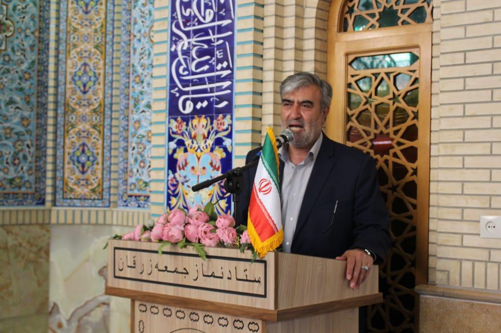 نماینده مردم شیراز و زرقان: راه آهن همچون آب از موضوعات مغفول در استان فارس است