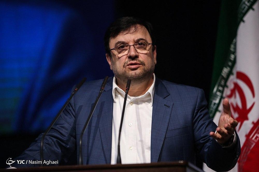 انتقادات وارده در مجلس شورای اسلامی سازنده است/ کمیسیون ویژه فضای مجازی در مجلس تشکیل شود