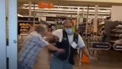 درگیری فروشنده فروشگاه با مشتری بدون ماسک