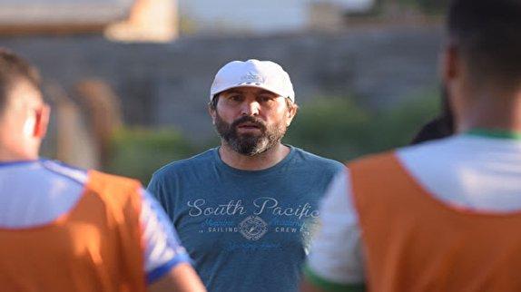 لطیفی: دیاباته بهترین بازیکن فصل آبی پوشان بوده است/ کی روش در بازی رفت استقلال و سپاهان اسپک زد، اما داور پنالتی نگرفت