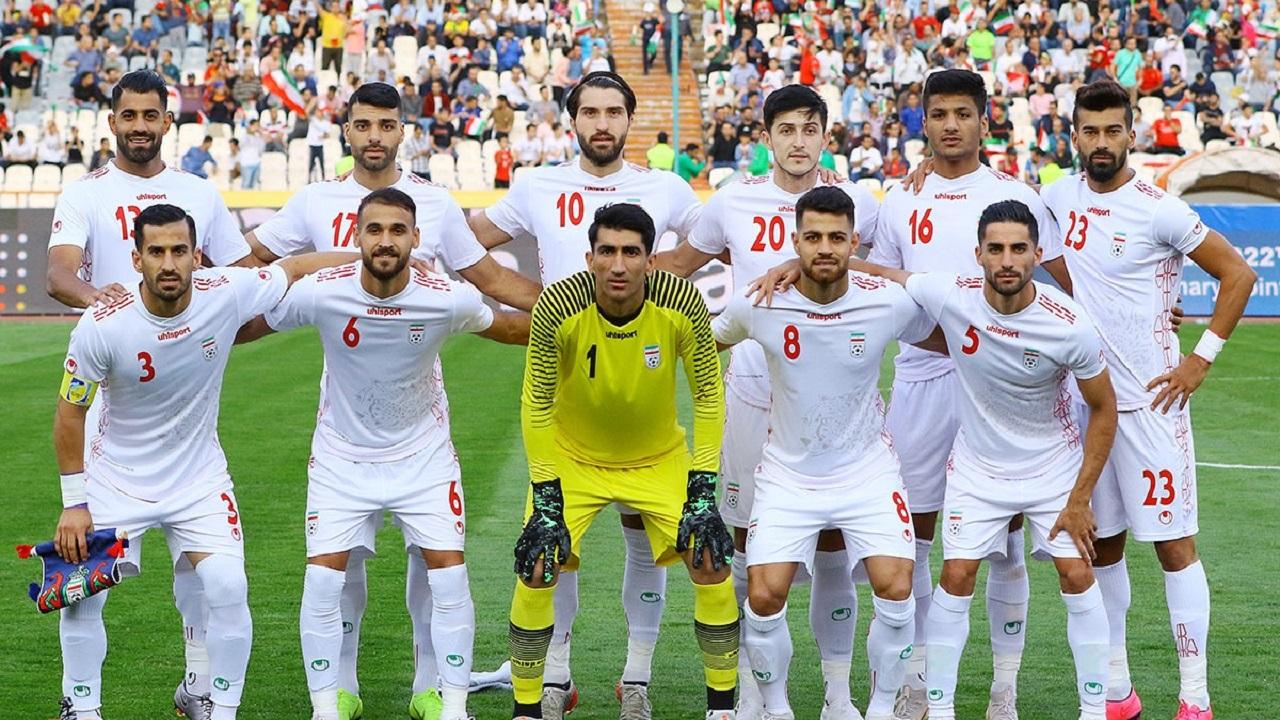 خطری میزبانی فوتبال ایران را تهدید نمیکند/ برگزاری لیگ برتر، فیفا را مجاب میکند؟