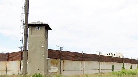 اقدام باورنکردنی مادر اوکراینی برای فراری دادن پسرش از زندان!