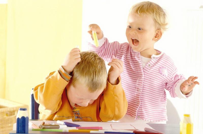 کنترل بیش فعالی کودکان