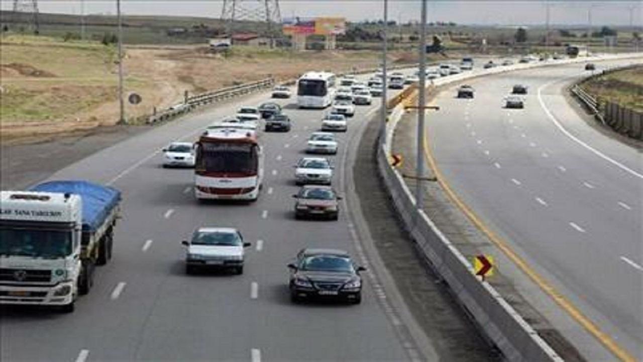 حركت خودروها بین خطوط ضروری است