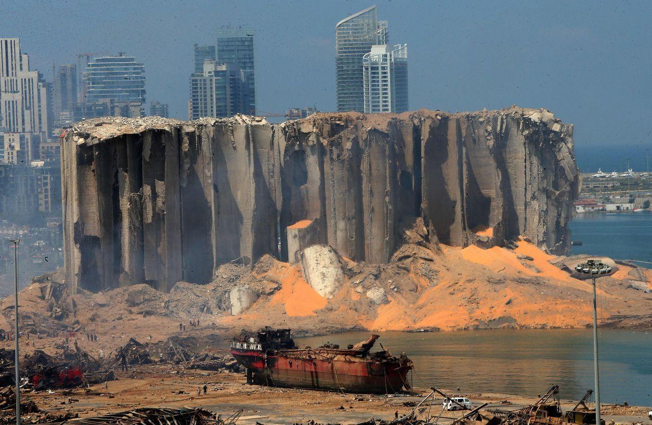 تصویری از سوله منهدم شده در انفجار دیروز بیروت