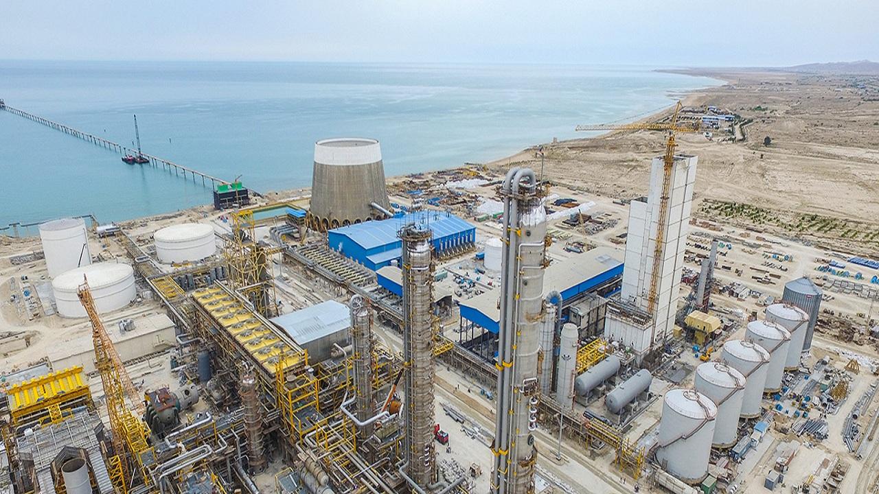 بزرگترین مجتمع تولید متانول جهان و طرح پتروشیمی کیمیای پارس خاورمیانه در بوشهر بهرهبرداری شد