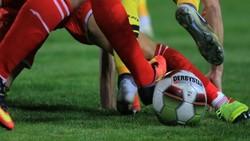 رقابت ۴ تیم دسته اولی فوتبال برای رزرو ۲ بلیت لیگ بیستم