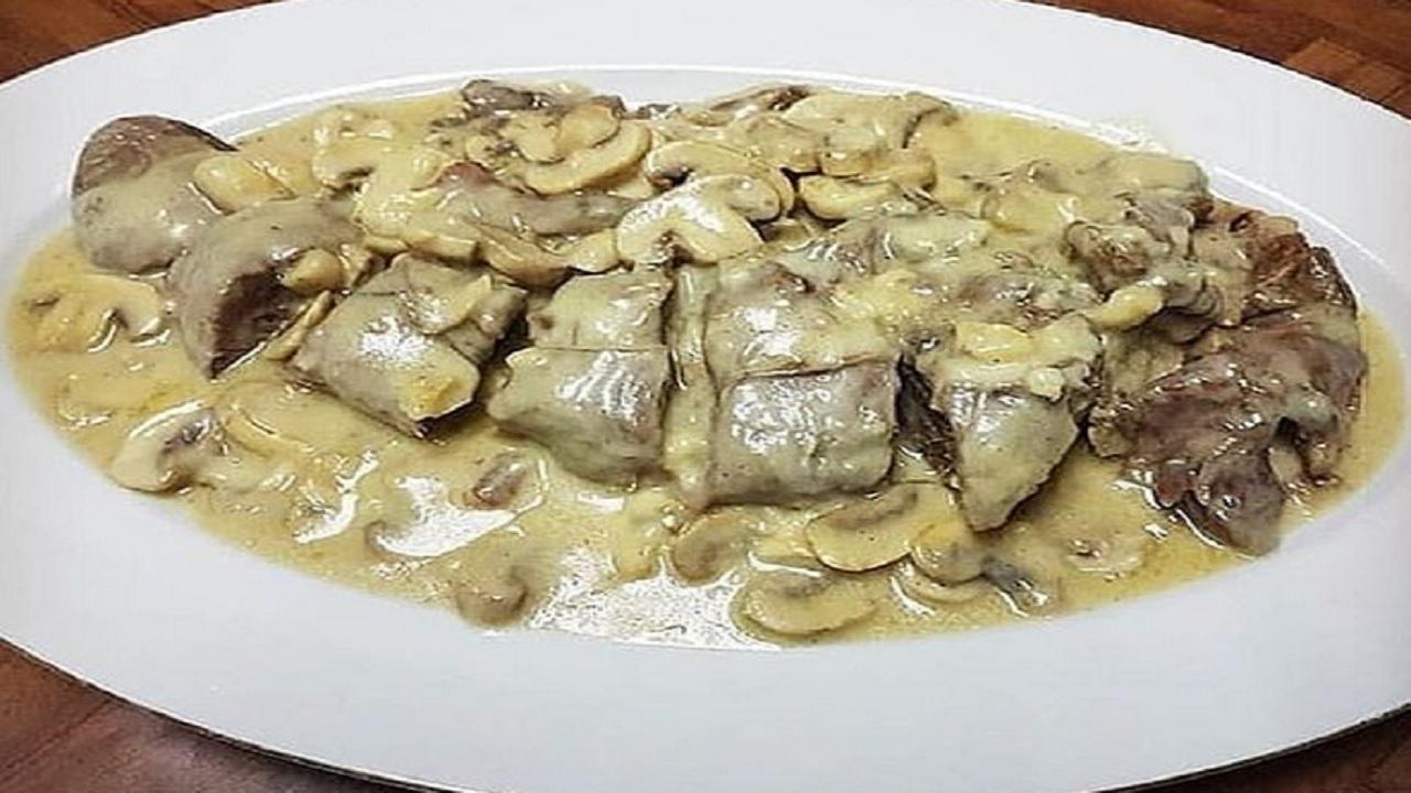 طرز تهیه خوراک زبان و قارچ با سس گریوی