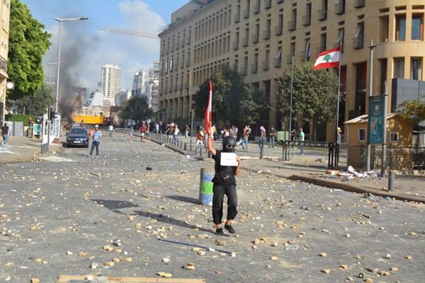 تظاهرات لبنان 01