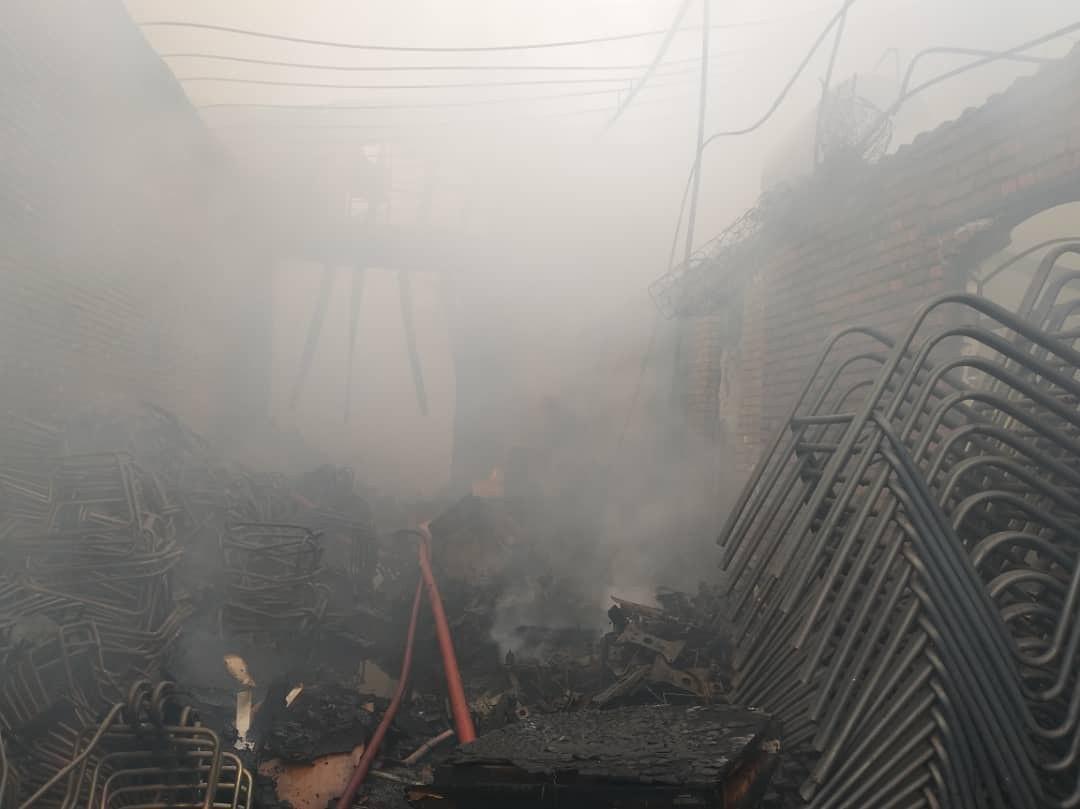 آتش سوزی کارگاهی در شهرک صنعتی چهاردانگه