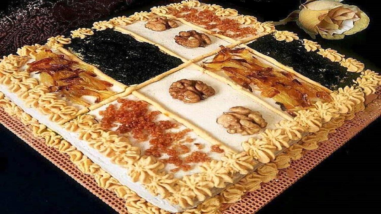 طرز تهیه کیک کشک بادمجان مجلسی و خوشمزه