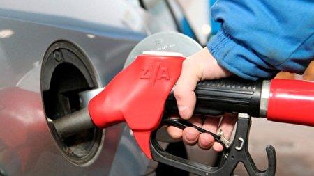 چه موقع از روز بنزین بزنیم؟