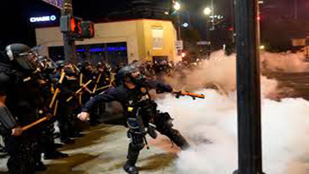 پلیس آمریکا ۱۶ نفر از معترضان پورتلندی را بازداشت کرد