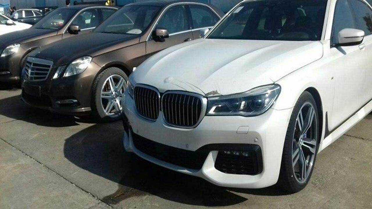 سرنوشت ۷۶ خودروی لوکس توقیف شده در گمرک نوشهر چه میشود؟