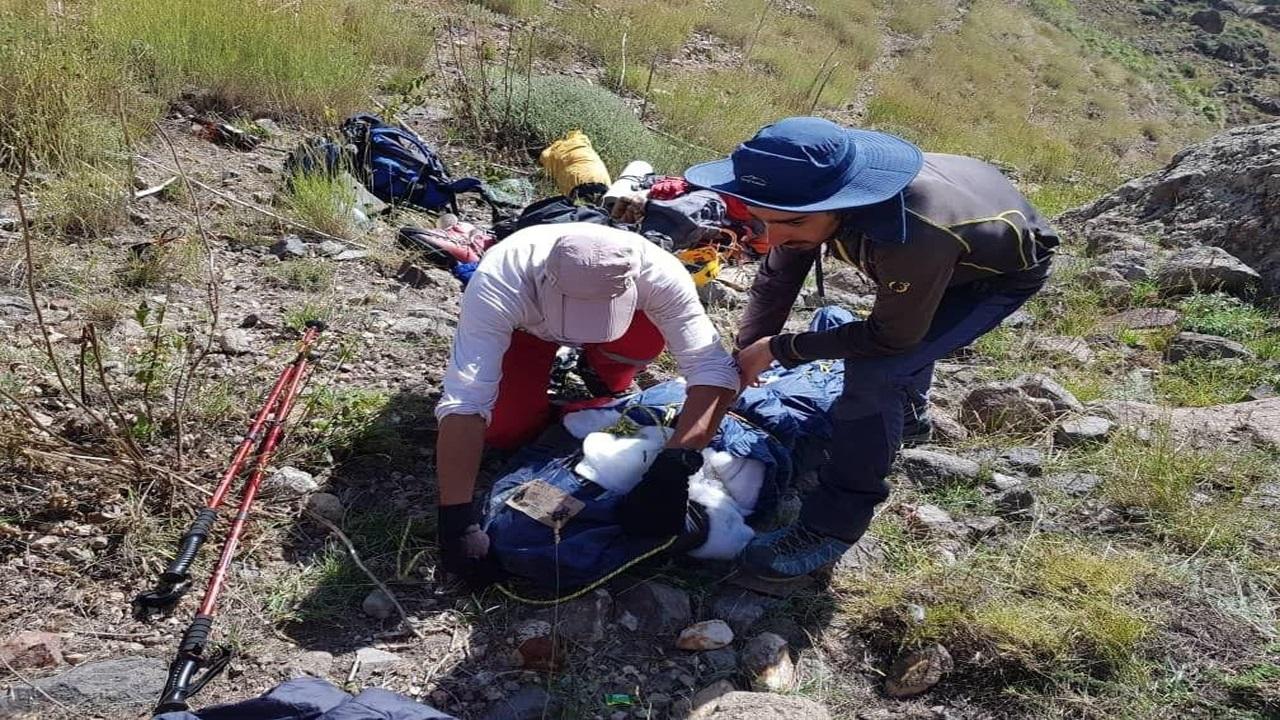 پیدا شدن جسد کوهنورد تهرانی در قله دماوند+تصاویر