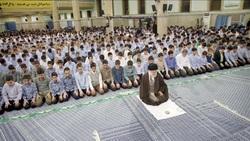 پیام مهمی که در تار و پود زیلوی حسینیه بیت رهبری نهفته است
