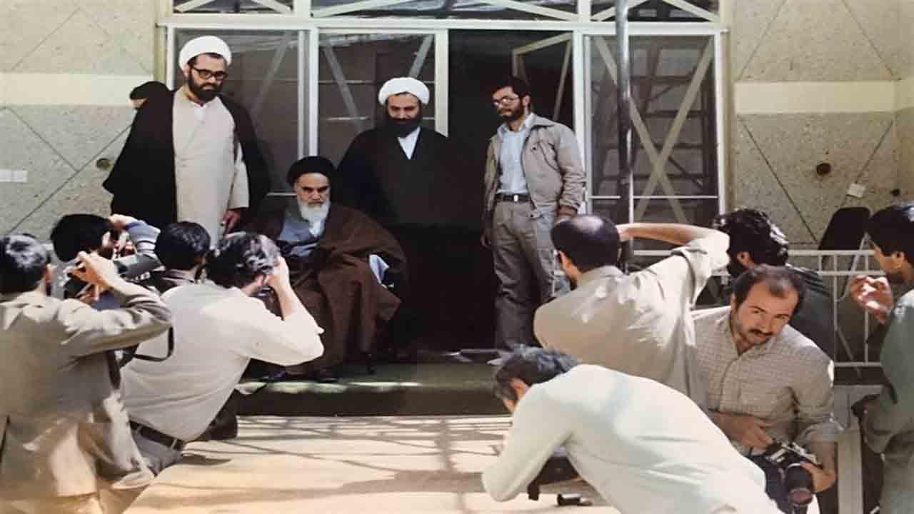 بمب گذاری در زیر خانه امام