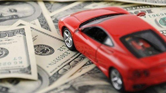 نرخ دلار کاهشی اما کالاها گران!/بازار خودرو همچنان بی سروسامان