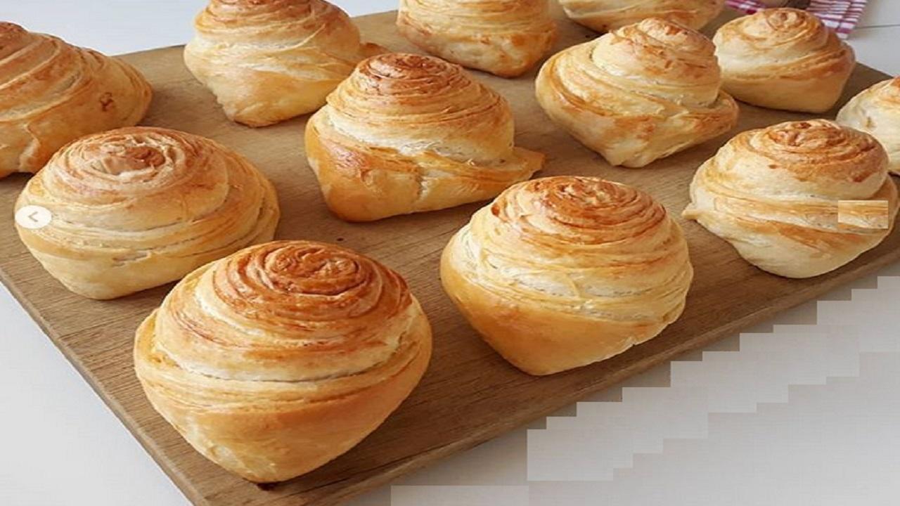 طرز تهیه نان هزار لایه