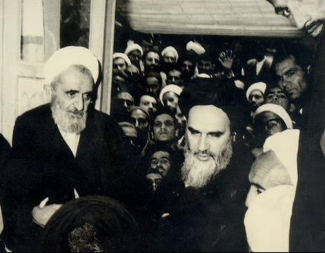 شیخ مجتبی قزوینی کنار امام خمینی