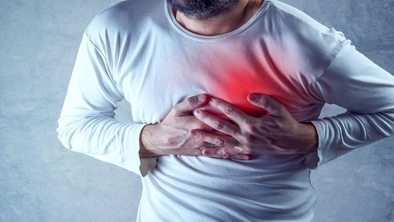 12399963 934 - قلبدرد، زنگ هشدار بروز چندین بیماری