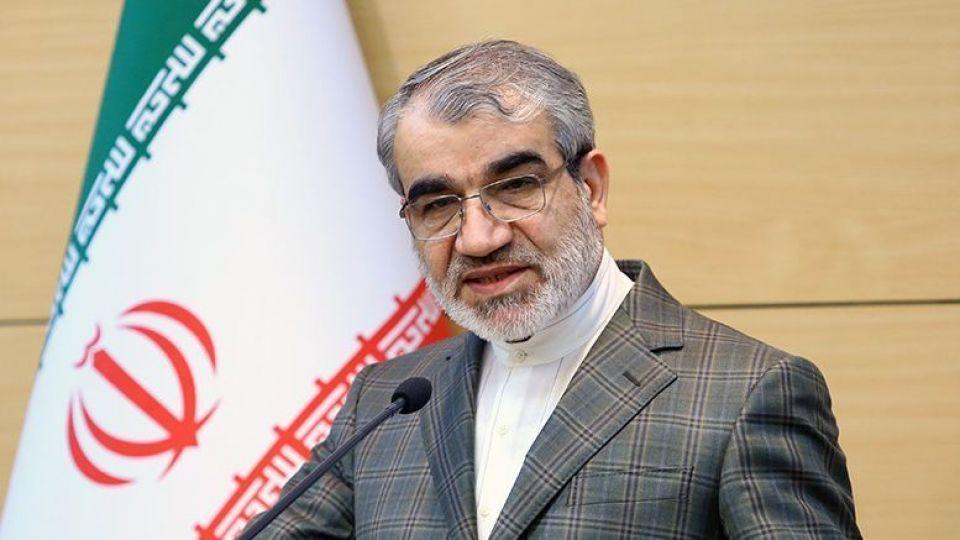 حضور احمدی نژاد در انتخابات ۱۴۰۰؛ از شایعه تا واقعیت