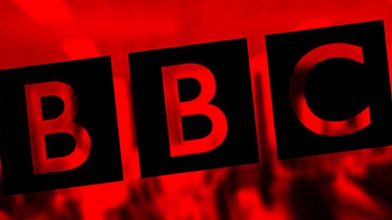سیاهنمایی بیبیسی برای فریب افکار عمومی؛ این بار با هدف تخریب برگزاری مراسم محرم/ بازی جدید بی بی سی؛ از رعایت پروتکل بهداشتی در کنسرت نیوکاسل تا عدم همکاری عزاداران ایرانی