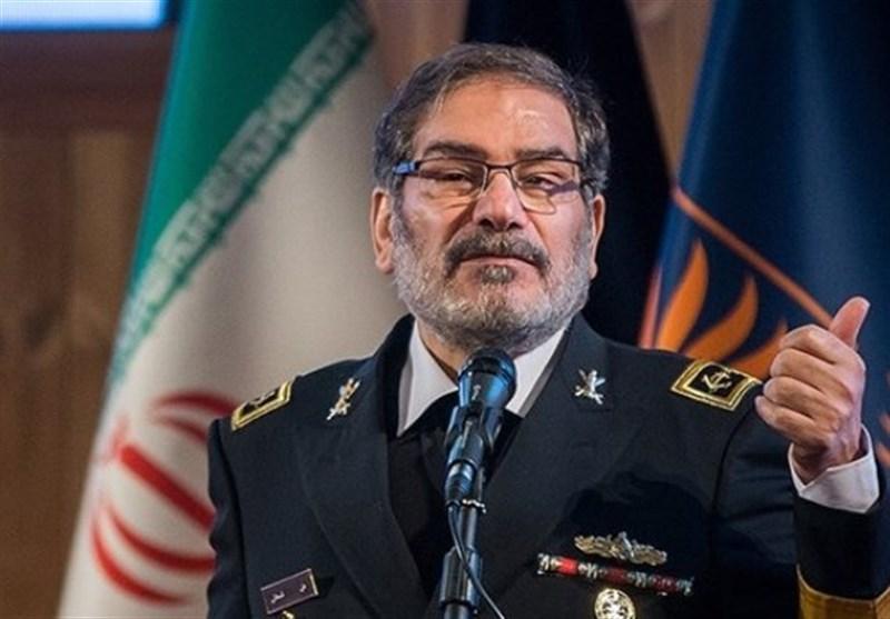 شمخانی: آمریکا می داند قادر به بازگرداندن تحریمهای ایران نیست