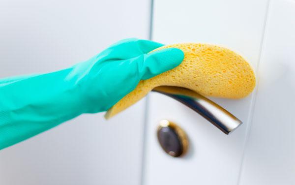 چگونگی ضد عفونی کردن حمام مبتلایان به کرونا/علی بیگی
