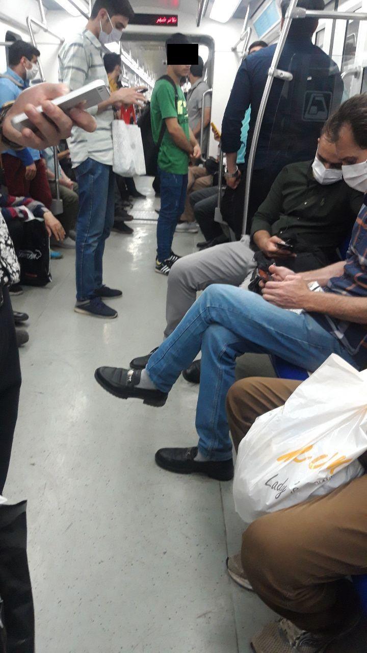 عدم ماسک زنی در مترو