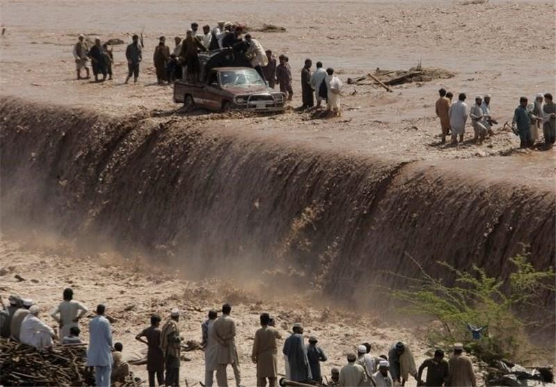 ۴۰ کشته و خسارت گسترده بر اثر سیل در پاکستان 03