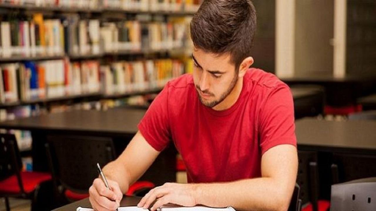 معضلات مطالعه دروس عملی و نظری را با چند راهکار ساده مهار کنید