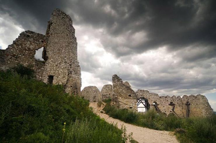 ۵ مکان مخوف و اسرار آمیز در جهان که بازدید از آنها جرأت میخواهد