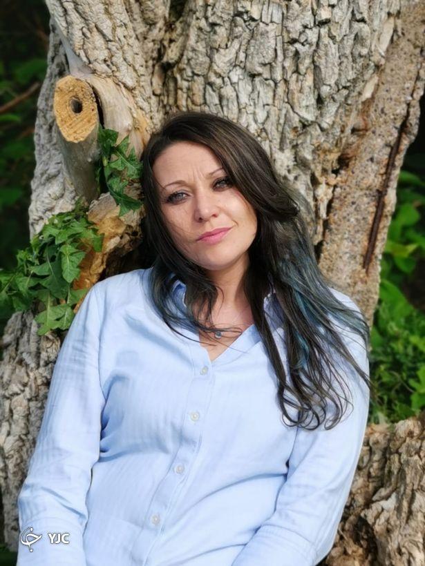 جشن سالگرد ازدواج زن انگلیسی با درخت!